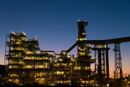 gas supply: The complex structures of a petrochemical plant at dusk