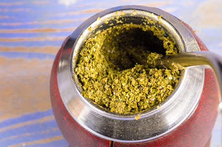 mate: Mate herb brewing in its traditional gourd