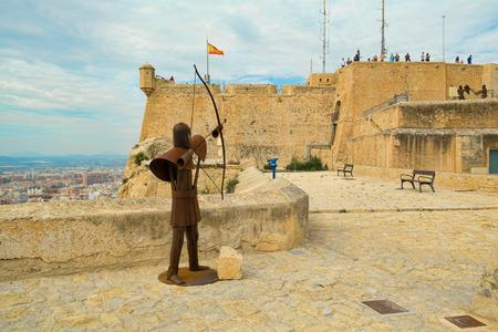 santa barbara: ALICANTE, SPAIN - OCTOBER 4: Tourists visiting Alicante landmark Santa Barbara fortress