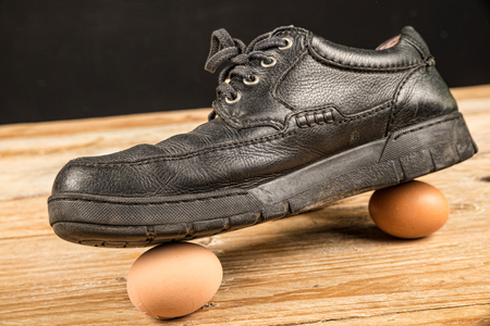 sayings: Walking on eggshells, a concept about care and delicate matters