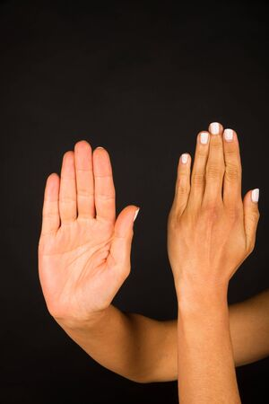 Weibliche Hand mit emotionalen Gesten