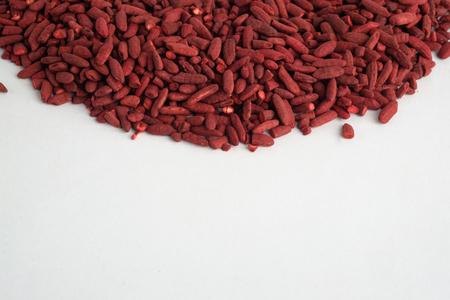 Rode gist rijst