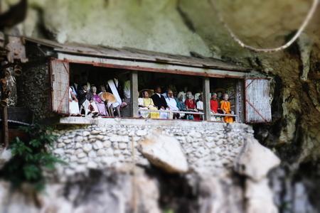 toraja: Toraja Tomb