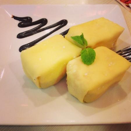 pancakes: Delicious durian pancake.