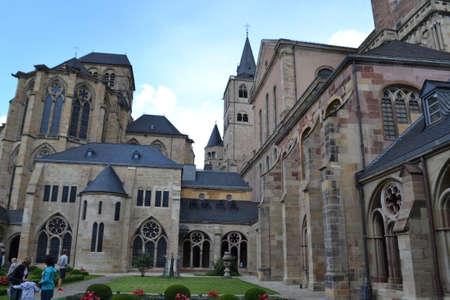 monastery: church and monastery Trier