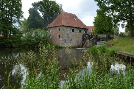 molino de agua: molino de agua en los Pa�ses Bajos Foto de archivo