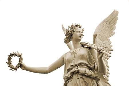 diosa griega: Estatua de la diosa Nike, aisladas sobre fondo blanco Foto de archivo