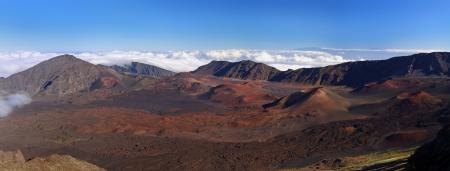 attraktion: Caldera of the Haleakala volcano  Maui, Hawaii  - Panoramic view