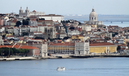lisboa: View of Alfama and Graca - the old quarters of Lisbon  Portugal  Stock Photo