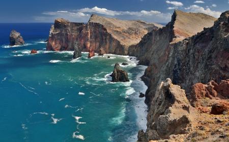 Northern coastline of Ponta de Sao Lourenco at Madeira, Portugal - HDR image Standard-Bild