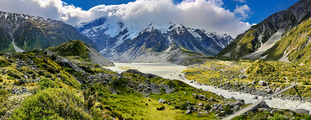 aoraki mount cook national park: View over Hooker Valley, Mount Cook National Park - New Zealand Stock Photo