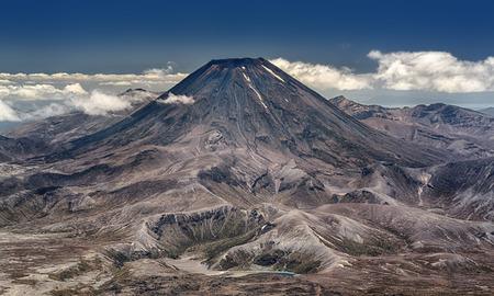 tongariro national park: Mt. Ngauruhoe at Tongariro National Park (New Zealand) - HDR image