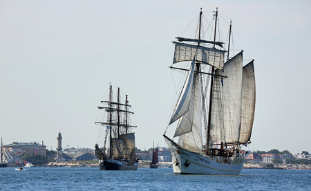 yachtsman: PORT WARNEMUENDE, GERMANY - August 6, 2015 Old sailing ships Mare Frisum Netherland and Fridtjof Nansen Germany sailing near Rostock-Warnemnde on August 6, 2015 in the scope of the 25th Hanse Sail Rostock - Mecklenburg-Vorpommern, Germany Editorial