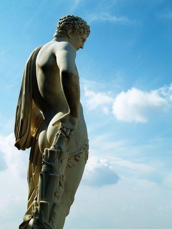 verticals: Statue