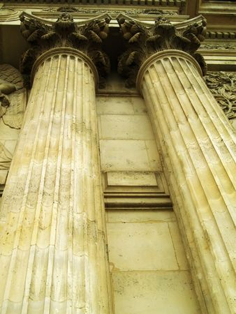 democracies: Antique columns