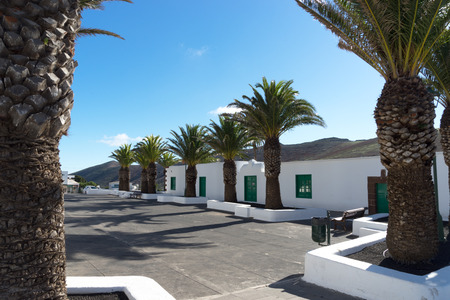Femes belongs to the parish of Yaiza and is a small quiet and not very busy village, All which is visited by tourist who like to enjoy the fantastic view to Playa Blanca-including some unique sundowns or to start Their walk up to the mountains Pico Redond Stock fotó