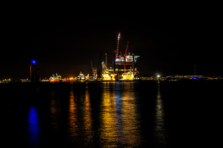 oilrig: Oilrig for maintenance in the harbor of Amsterdam