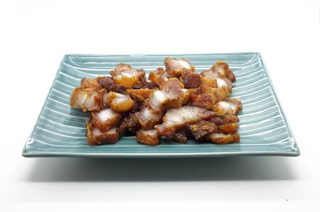 deep fry: Deep fry pork with garlic and pepper