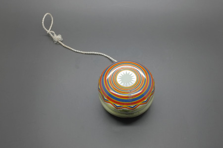 play yoyo: Vintage yoyo with twine
