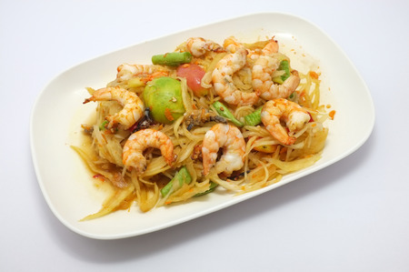 green papaya salad: Papaya salad with shrimp, Thai spicy food