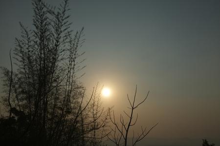 Beautiful environment of  beautiful sunset on Khuean Srinagarindra National Park at Kanchanaburi , Thailand and sky for travel in holiday relax time 版權商用圖片 - 124718976