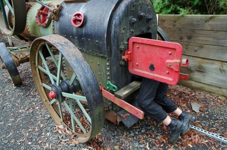 traction: steam engine and mechanic