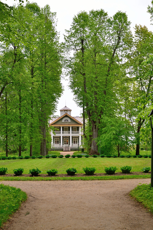 petrovich: The Park and Avenue in the estate, the house-Museum of Peter Abramovich and Benjamin Petrovich Hannibal of the State Museum-reserve of A. S. Pushkin - Petrovskoe
