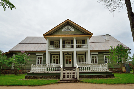 petrovich: The house-Museum estate of Peter Abramovich and Benjamin Petrovich Hannibal of the State Museum-reserve of A. S. Pushkin - Petrovskoe