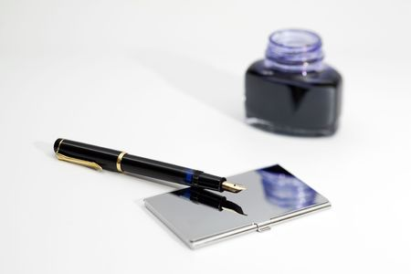 attributes: Foutain pen with office attributes