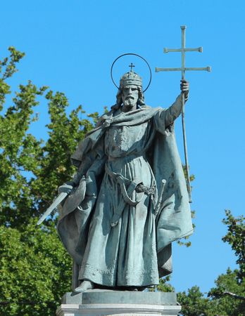 heros: Saint and King in Heros Square Budapest