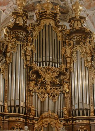 pipe organ: Europes Largest Pipe Organ in St. Stephens in Passau