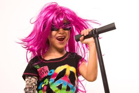 ni�o cantando: Retrato de Roca Bella Estrella Gilr Singing