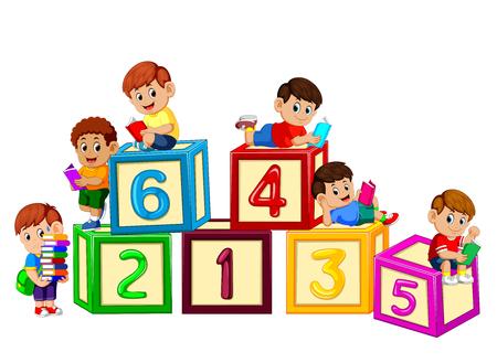 Kinder lesen Buch auf dem Nummernblock