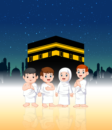 two children with their parents are doing pilgrimage in front of ka'bah 向量圖像