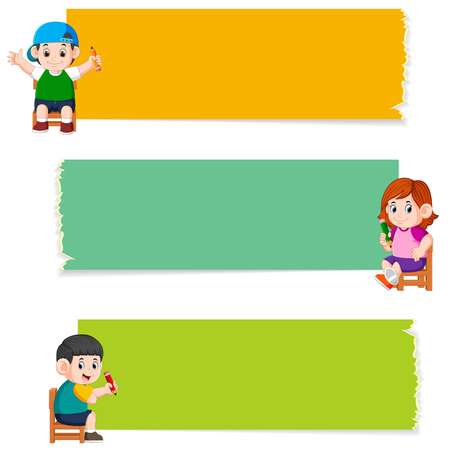 the collection of the blank board with children holding pencil Stockfoto - 122856214