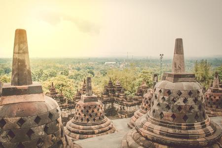 아름다운 보로부두르 사원