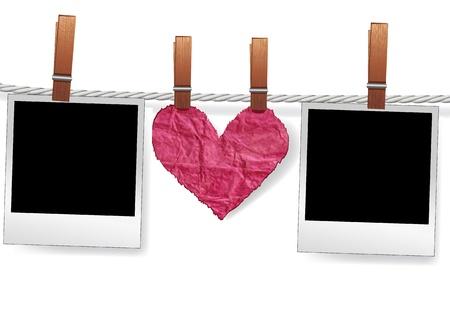 polaroid: Amour un message instantan� photo par des cadres et du c?ur sur la corde pour la ferraille. Vierge Polaroid pour l'image de l'album de famille. Element for design.