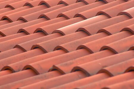 Romeinse terracotta tegels op een Italiaans landhuis. Detail textuur schot. Stockfoto