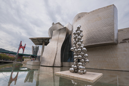 bilbo: Bilbao, Spain - October 16, 2016: view of modern and contemporary art Guggenheim Museum, designed by architect Frank Gehry and inaugurated in October 1997.