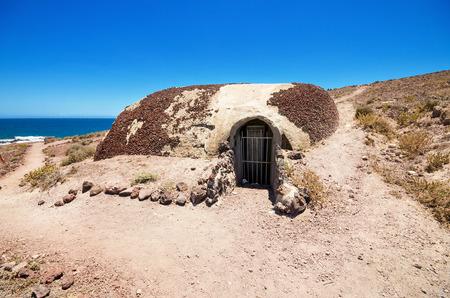 seconda guerra mondiale: Il bunker della seconda guerra mondiale a Tenerife fu costruito contro un possibile attacco durante la seconda guerra mondiale. Tenerife, Isole Canarie, Spagna. Archivio Fotografico
