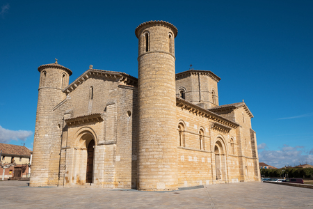 Famous romanesque church San Martin de Tours in Fromista, Palencia, Spain. Archivio Fotografico