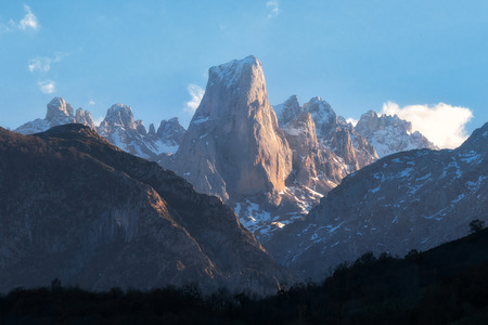 Naranjo de Bulnes mountain peak in Picos de Europa national park, Asturias, Spain Stock Photo