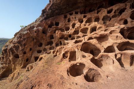 Cenobio de Valeron, sito archeologico, grotte aborigene in Gran Canarie, Isole Canarie. Archivio Fotografico