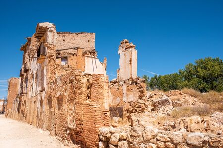 Ruins of Belchite, Spain, town in Aragon that was completely destroyed during the Spanish civil war. 스톡 콘텐츠 - 128872406