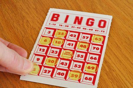 Placing marker on a winning bingo card