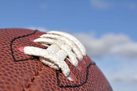 Gros plan de texture de football américain et lacets avec focus sélective  Banque d'images - 8004605