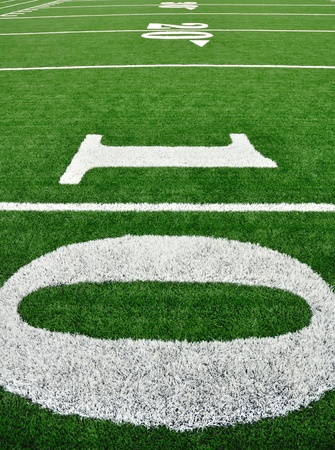 10, 20, & Ligne 30 yards sur le terrain de Football américain  Banque d'images - 9985396