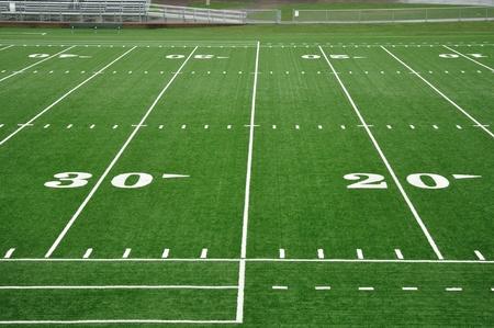 campo di calcio: 20 e 30 Yard linea sul campo di Football americano
