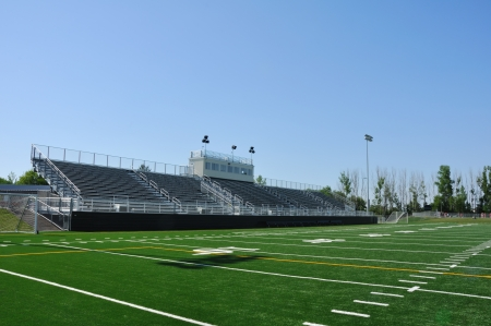 Tribunes van American High School Football Stadium Redactioneel