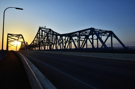 mississippi: Bridge at Sunset in La Crosse, Wisconsin